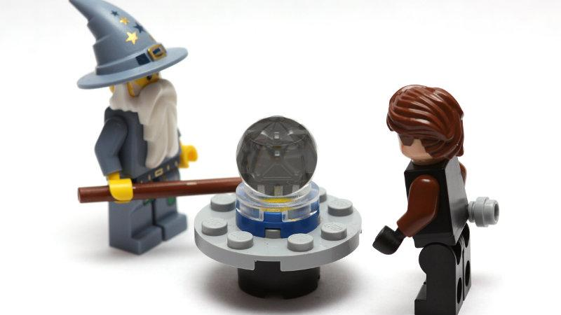 Crystal ball, Lego