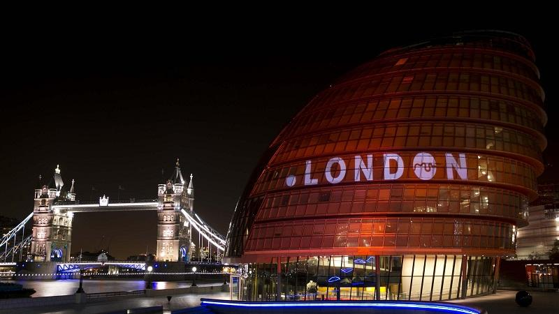 A picture of London's City Hall and Tower Bridge