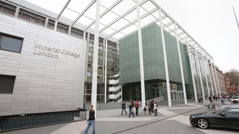 Image of the exterior of Imperial College London in South Kensington 800 x 450
