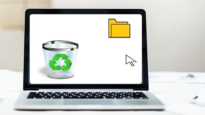 An image of a laptop screen suggesting a folder is about to be put in the Recycle bin