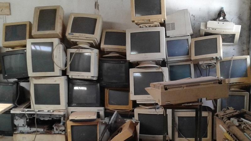 An image of lots of old computer monitors